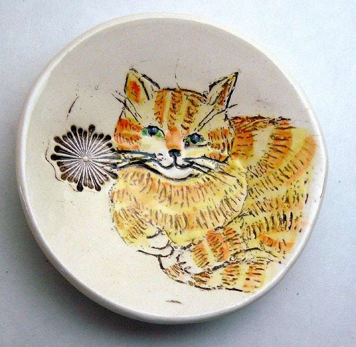 SUKEY SMALL BOWL TABBY CAT 3 COLORS