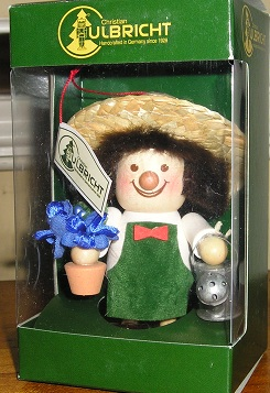 CHRISTIAN ULBRICHT GARDENER ORNAMENT GERMANY