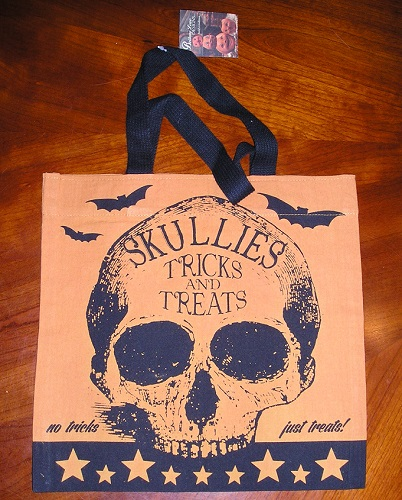 "Bethany Lowe SKULLIES Trick or Treat Bag ""All Treats No Tricks"""