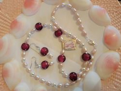 Fit Of Pique Cranberry Pearls Fine & Sterling Silver Necklace and Earrings Set USA