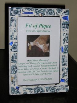 Fit Of Pique Genuine Pique Assiette Matlock Blue Floral Frame 4 x 6
