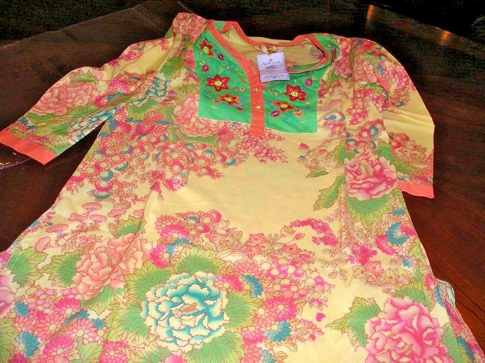 April Cornell HAPPY Tunic Boho Style Yellow Embroidered Detail