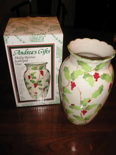 Porcelain Vase HOLLY BERRIES Hand Painted Sadek 16795