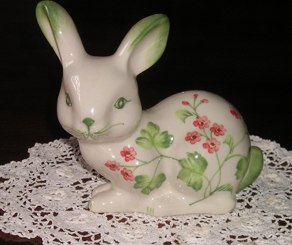 Andrea by Sadek MINI BUNNY Hand Painted Porcelain Figurine
